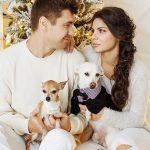 couple with pets 150x150 - 3 Wege wie Haustiere für die Gesellschaft wichtig sind